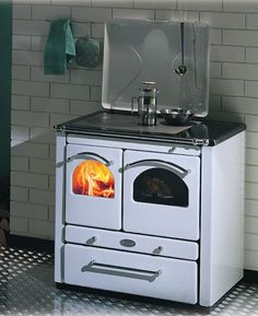 Wood burning stoves from Sideros