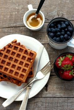 Gluten-free Oat Waffles - great sweet flavor, needed to oil the waffle maker a lot, double to make leftovers, added 1/4 tsp cinnamon, used 2 Tbsp Apple sauce, 3 Tbsp oil