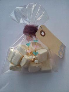 A Spoonful of Crafts: For børn: Nem Valentinsdag goodie bag / For Kids: Easy Valentine's Day Goodie Bag