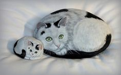 Milly et Kitty | by rockpainting ☼ yvette