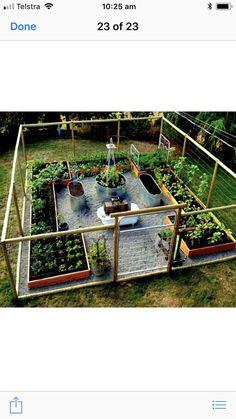 raised garden Layout idea Double Ended Flip-Top Workbench Plans - Video Tutorial Mutter ADS Garden Yard Ideas, Garden Projects, Garden Tips, Pot Jardin, Vegetable Garden Design, Vegetable Gardening, Home Garden Design, Vegetable Ideas, Veggie Gardens