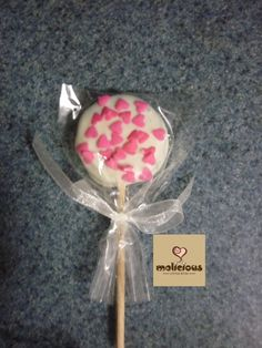 Oreo Pop... White Chocolate with Pink Hearts