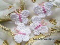 Schmetterlinge   weiss  für Hochzeit / Taufe  4 Stück im Set  Größe ca. 4cm breit    Die Schmetterlinge können für alle erdenklichen Ar...