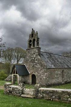 Chapelle et fontaine Saint Eloi à Plouarzel . Finistère. Bretagne