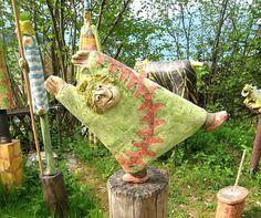 keramik kunst schweiz - schweizer kuenstler - galerien keramik [I want to make something like this for my garden! Ceramic Houses, Ceramic Figures, Spirit Tattoo, Pottery Studio, Sculpture Clay, Paper Clay, Clay Projects, Yard Art, Ceramic Pottery