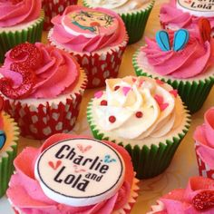 Charlie and Lola cupcakes - now there's an idea! Lola Cupcakes, Mini Cupcakes, Cupcake Cakes, Childrens Cupcakes, Childrens Party, Pink Milk, 3rd Birthday Parties, Piece Of Cakes, Party Cakes