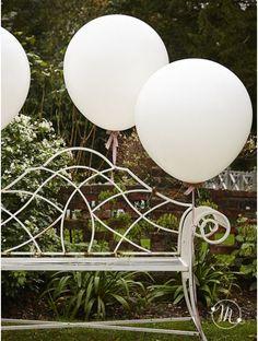 Wedding palloncini extralarge. Grandissimi palloncini per rendere unico il vostro evento. Misure: 96 cm. Ordine minimo 10 pezzi e multipli di 10. #matrimonio #weddingday #ricevimento #wedding #lanterne #decorazioni #sconti #offerta #carta #decorazioniincarta #weddingideas #ideasforwedding #palloncini #extralarge