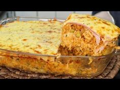 ARROZ DE FORNO SUPER COMPLETÃO I ALMOÇO COMPLETO - YouTube Lasagna, Carne, Macaroni And Cheese, Pizza, Ethnic Recipes, Portal, Food, Youtube, Baked Chicken Breast