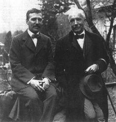 Hugo von Hofmannsthal and Richard Strauss (1915) Read more: http://elultimoremolino.wordpress.com/2011/07/15/elegia-de-la-interrupcion/