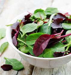 If you're dealing with arthritis, turn to dark green vegetables that are rich in minerals.