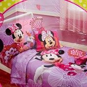 Minnie Mouse Floral Toddler Bedding Set