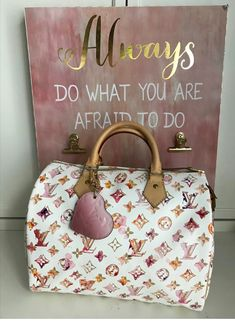 The 5 Most Searched for Designer Bags Luxury Purses, Luxury Bags, Luxury Handbags, Fashion Handbags, Fashion Bags, Vuitton Bag, Louis Vuitton Handbags, Purses And Handbags, Louise Vuitton