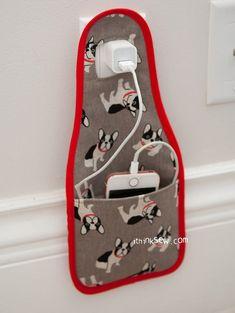 Diy phone bag, pdf sewing patterns, free sewing, diy sewing projects, s Small Sewing Projects, Sewing Projects For Beginners, Sewing Hacks, Sewing Tutorials, Sewing Crafts, Sewing Tips, Tape Crafts, Sewing Ideas, Diy Crafts
