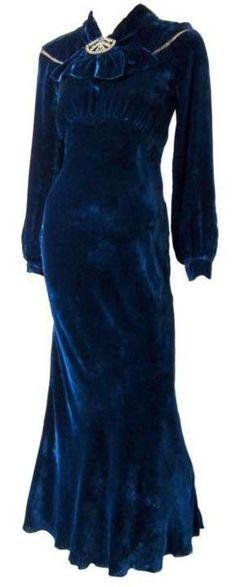 Dress, 1930s...It looks like Wallis Simpson's style!