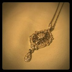 Beautiful Necklace Never worn. I believe it is Cookie Lee but not sure. Still stunning!!! Jewelry Necklaces