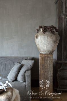 Pure & Original Kalkfärg Kalkfarbe Betonlook Concrete Look Grey Wall Living… Primitive Homes, Lime Paint, Tadelakt, Mineral Paint, Light Texture, Romantic Homes, Gray Interior, Interior Design, Colour Schemes