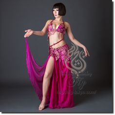 Design by Hallah Moustafa / Model: TIDA / Fig Belly Dance / World Wide Shipping #figbellydance #bellydancecostume #worldwideshipping