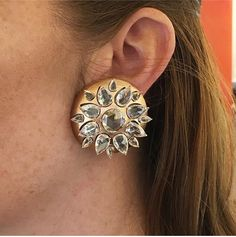 Viren Bhagat pair of diamond and brush gold 'lotus'clip earrings, of approximately 30 carats Real Diamond Earrings, Diamond Necklace Set, Stone Earrings, Clip On Earrings, Diamond Jewelry, Jewelry Trends, Jewelry Accessories, Jewelry Design, Designer Jewellery