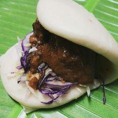 Beef pares Bao Bun