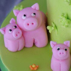 .Fondant Pigs
