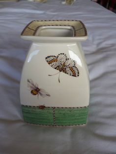 WEDGWOOD SARAHS GARDEN SQUARE VASE Sarah's Garden, Wedgwood, Teapot, Water Bottle, Vase, China, Dishes, Kitchen, Ebay