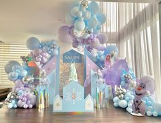 Frozen Party Decorations, Frozen Theme Party, Ideas Para Fiestas, 3rd Birthday, Party Themes, Backdrops, Balloons, Instagram, Frozen Party