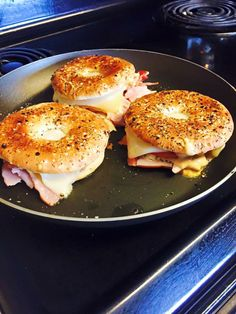 Turkey Swiss cheese tomatoes thousand island & oregano on a smart bagel.  I put some olive oil down chopped the turkey & then put olive oil on the outside of the bagels grilled them for a few minutes & then put all the ingredients in the bagel & let it grill another few mins.  21 day fix approved! 1 red 2 yellow 1 blue and 1/2 orange :-)