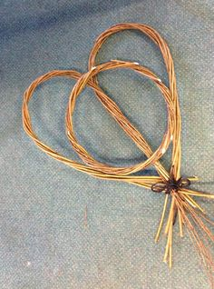 Traditional Craft: Ways with Willow creative willow weaving workshop in Cornwall. Hearts are perfect for weddings! www.WayswithWillow.co.uk