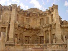 The Nymphaeum: once an enormous fountain, Jerash, Jordan