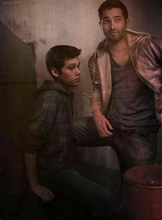 Stiles x Todos (Imagenes) - Sterek Derek Teen Wolf, Jackson Teen Wolf, Teen Wolf Dylan, Dylan O'brien, Teen Wolf Memes, Teen Wolf Funny, Teen Wolf Fan Art, Teen Wolf Ships, Teen Wolf Desenho