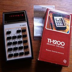 Vintage Texas Instruments Electronic Calculator In Original Box by vintagebaron on Etsy Calculator, Circuit, Computers, Instruments, Texas, Memories, Technology, The Originals, Retro