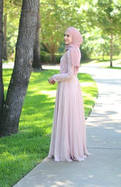 Blush Long Sleeve Evening Gown Islamic Fashion, Muslim Fashion, Modest Fashion, Hijab Fashion, Fashion Dresses, Hijab Dress, Hijab Outfit, Dress Outfits, Lace Gowns