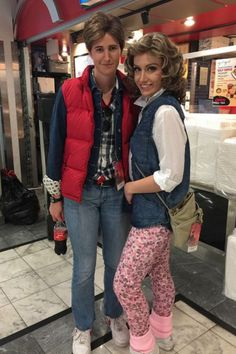 25 Halloween Costumes for a Throwback to the Marty McFly and Jennifer Parker, Back to the Future: This legendary duo will never get old (past, present or future). Click through for more Halloween costumes! 80s Movie Costumes, Best 80s Costumes, 1980s Halloween Costume, Couple Halloween Costumes, Halloween Outfits, Easy 80s Costume, 80s Theme Party Outfits, 80s Party Dress, Moda 80s