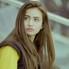 Sana Javed So Pretty - Smile Celebrity Pakistani Girl, Pakistani Actress, Bollywood Actress, Beautiful Blonde Girl, Beautiful Muslim Women, Asian Celebrities, Celebs, Beauty Full Girl, Cute Girl Photo