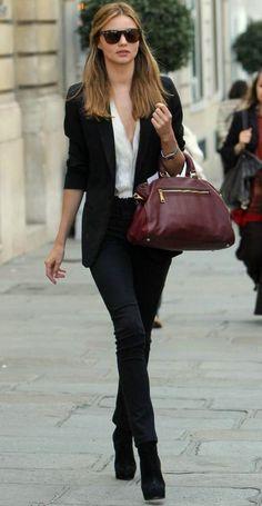 หรือชื่อของ Miranda Kerr จะเป็นแปลตรงๆว่า Perfection?