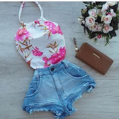 Meninas cada shorts top !!!! . . . Shorts jeans Tamanho 36 38 40 42 44 Body único #loja #lojaimporiumfashion #glamour #lookdodia… Cute Teen Outfits, Casual Dress Outfits, Crop Top Outfits, Kids Outfits Girls, Short Outfits, Chic Outfits, Trendy Outfits, Fashion Outfits, Womens Fashion