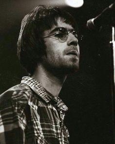 Gene Gallagher, Lennon Gallagher, Liam Gallagher Oasis, Liam Oasis, Oasis Band, Duff Mckagan, Britpop, British Invasion, Jon Bon Jovi