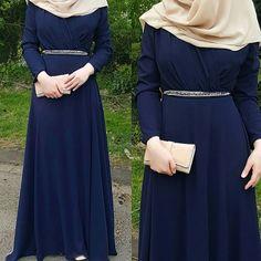 Niqab Fashion, Muslim Fashion, Fashion Dresses, Stylish Dresses, Simple Dresses, Easy Hijab Style, Hijab Chic, Modele Hijab, Hijab Trends