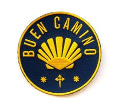 Camino De Santiago Buen Camino Pilgrim Cloth Patch This Patch is a proper design from Now available on T Shirts as well. size: 7 cm across (about Camino Backpack Patch toppa ricamata cammino di Santiago toppa ricamata Buen Camino Camino Walk, The Camino, Camino Trail, Camino Portuguese, Coquille St Jacques, Scallop Shells, Rocky Mountain National, National Forest, Colorado Hiking