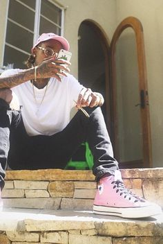Wiz Khalifa wearing Converse Converse Chuck Taylor All Star 70 High Top Sneakers Wiz Khalifa, Tokyo Fashion, New York Fashion, Mens Fashion, Chuck Taylors, Mode Hip Hop, Fashion Killa, Fashion Trends, High Top Sneakers