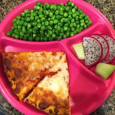 What dinner looks like after a super fast trip to see family and after I refuse to go grocery shopping. #amysorganic pizza, peas, dragonfruit, and honeydew. #eattherainbow #organic #healthykids #jerf #justeatrealfood  #healthyfood #igmeals #momlife #healthykidscommunity #cleaneating #healthyeating #cleaneats #healthychoices  #veggies #instagood #nutrition #healthylife #healthyfamily #wholefoods #dinner #cooking #healthy #health #naturalfood #parenting #realfood #organicfood #eeeeeats #foodie