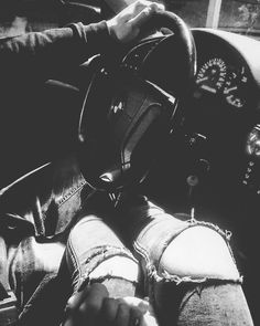 #bmw #love #couple #fashion Couple In Car, Girl Couple, Couple Goals Teenagers, Cute Couples Goals, Parejas Goals Tumblr, Carros Bmw, Bmw Girl, Bmw Love, Biker Girl
