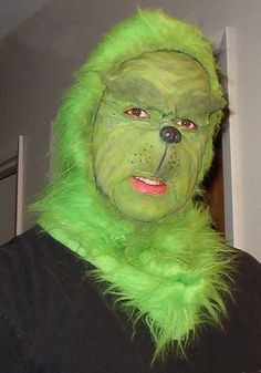 Step by step process of how i achieved this Grinch Makeup ...