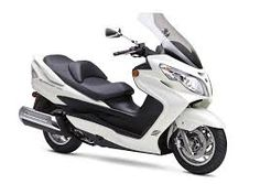 Best bikes for female riders: Suzuki Burgman 400