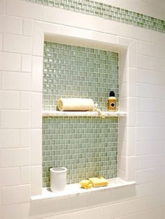 half bathroom ideas upstairs and they're perfect for guests. They don't have to be as functional as the family bathrooms, so hope you enjoy these ideas. #RemodelingIdeasfortheHouse