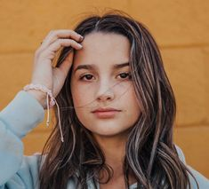 Welcome to Annie LeBling! Julianna Grace Leblanc, Hayley Leblanc, Annie Grace, Annie Lablanc, Annie Leblanc Outfits, Annie Leblanc Hair, Annie And Hayden, Famous Youtubers, Bratayley