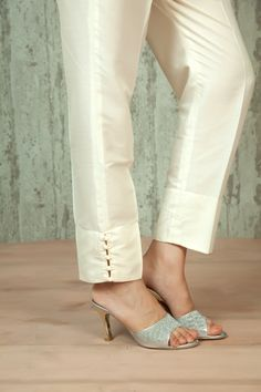 W16-58 - Spun silk ankle length straight pants