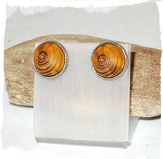 Ohrstecker ☼ Goldregen ☼ Holzohrringe ☼ Edelstahl von Sunnseitn Kunsthandwerk auf DaWanda.com