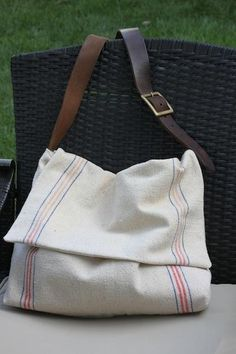 Feed sack messenger bag- GREAT idea for using those feed sacks I found at a garage sale