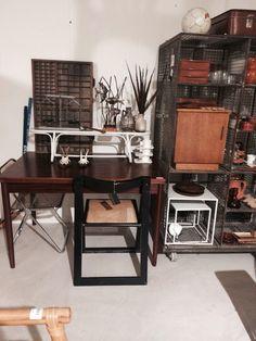 Diningtable or workspace rosewood veneer SOLD! www.sandervaneyck.nl